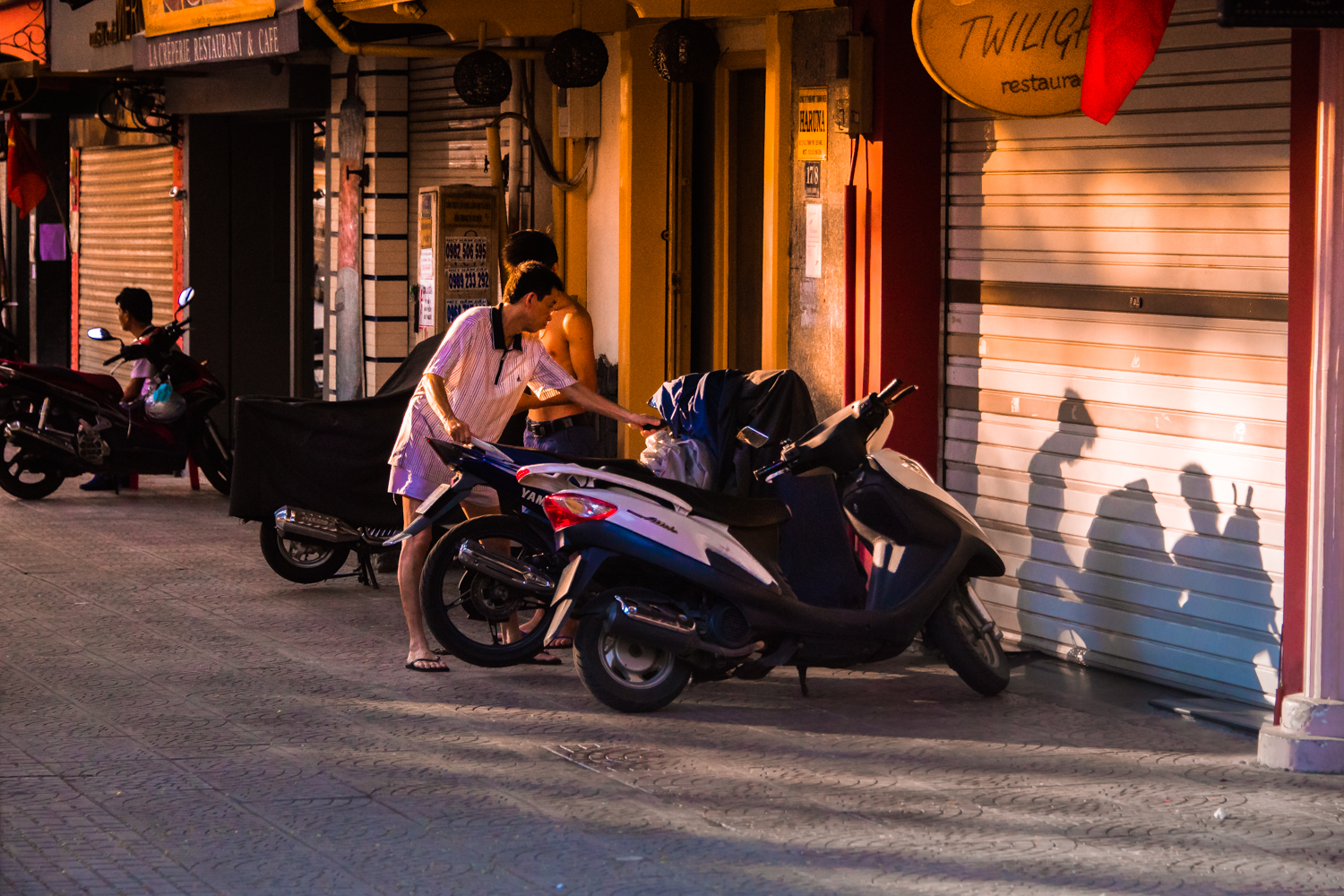 garybridgesphotography.com. Saigon Shadows at Twilight
